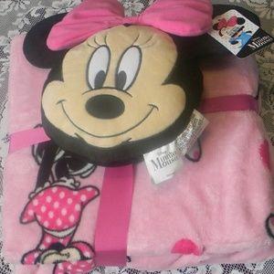 Minnie Mouse Nogginz Pillow & Plush Blanket Set